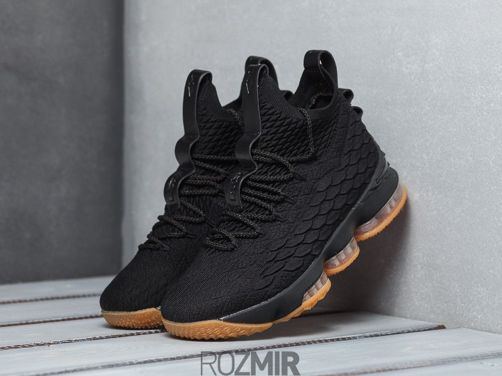 Купить Баскетбольні кросівки Nike LeBron 15